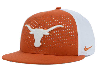 Texas Longhorns Nike NCAA True Seasonal Snapback Cap