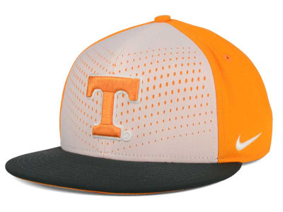 Tennessee Volunteers Nike NCAA True Seasonal Snapback Cap