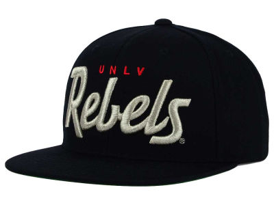 UNLV Runnin Rebels GIII NCAA Starter Solid Script Hat