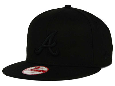 Atlanta Braves New Era MLB Black on Black 9FIFTY Snapback Cap