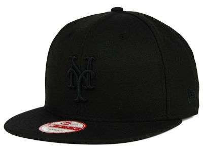 New York Mets New Era MLB Black on Black 9FIFTY Snapback Cap