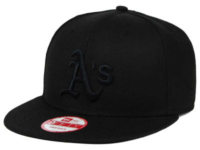 Oakland Athletics New Era MLB Black on Black 9FIFTY Snapback Cap