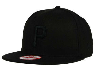 Pittsburgh Pirates New Era MLB Black on Black 9FIFTY Snapback Cap