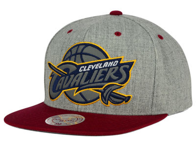 Cleveland Cavaliers Mitchell and Ness NBA H-Reflective XL Snapback Cap