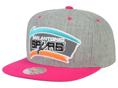 San Antonio Spurs Mitchell and Ness NBA H-Reflective XL Snapback Cap