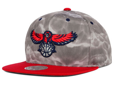 Atlanta Hawks Mitchell and Ness NBA Color Surf Camo Snapback Cap