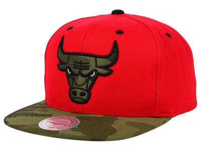 Chicago Bulls Mitchell and Ness NBA Camo Visor 2 Tone Snapback Cap