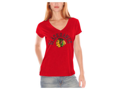 Chicago Blackhawks GIII NHL Women's Foil Arch T-Shirt