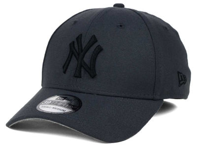 New York Yankees New Era MLB Core Classic 39THIRTY Cap