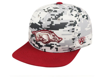Arkansas Razorbacks Top of the World NCAA Keen Snapback Cap