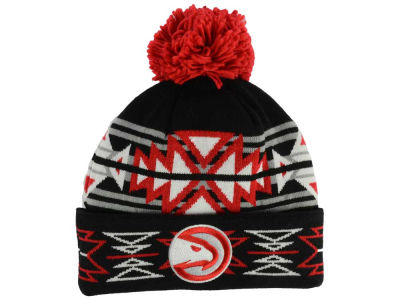 Atlanta Hawks Mitchell & Ness NBA Black Geotech Cuffed Pom Knit