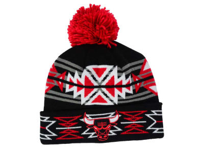 Chicago Bulls Mitchell and Ness NBA Black Geotech Cuffed Pom Knit
