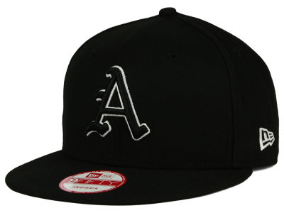 Arkansas Razorbacks New Era NCAA Black White Fashion 9FIFTY Snapback Cap