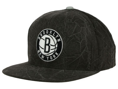 Brooklyn Nets Mitchell and Ness NBA Color Crease Snapback Cap