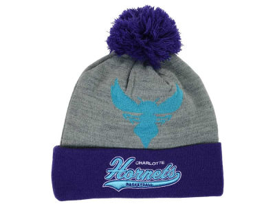 Charlotte Hornets Mitchell and Ness NBA Heather Tailsweep Pom Knit