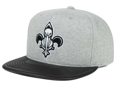 New Orleans Pelicans Mitchell and Ness NBA Neoprene Viz Snapback Cap