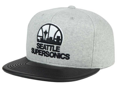 Seattle SuperSonics Mitchell and Ness NBA Neoprene Viz Snapback Cap