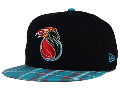 Detroit Pistons New Era NBA HWC Team Plaid 9FIFTY Snapback Cap
