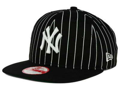 New York Yankees New Era MLB Vintage Pinstripe 9FIFTY Snapback Cap