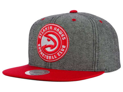 Atlanta Hawks Mitchell and Ness NBA Gray Denim Harry Snapback Cap