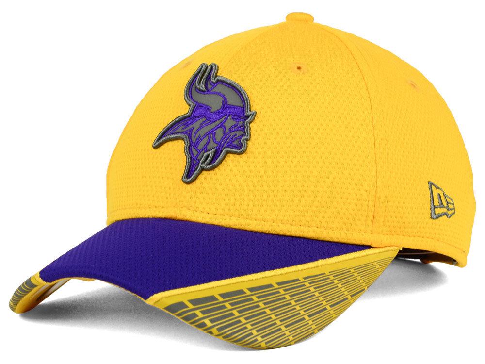 686fb9d353f Minnesota Vikings New Era NFL Reflective Adjustable 9FORTY Cap ...