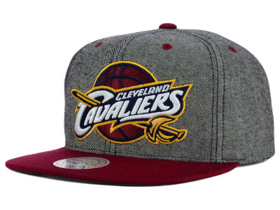 Cleveland Cavaliers Mitchell and Ness NBA Gray Denim Harry Snapback Cap