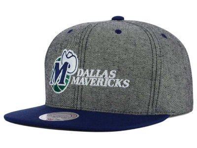 Dallas Mavericks Mitchell and Ness NBA Gray Denim Harry Snapback Cap