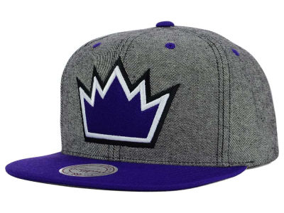 Sacramento Kings Mitchell and Ness NBA Gray Denim Harry Snapback Cap