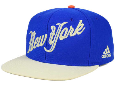 New York Knicks adidas NBA 2015 Christmas Day Snapback Cap