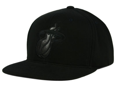 Miami Heat Mitchell and Ness NBA Blackout Snapback Cap