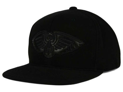 New Orleans Pelicans Mitchell and Ness NBA Blackout Snapback Cap