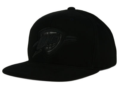 Oklahoma City Thunder Mitchell and Ness NBA Blackout Snapback Cap