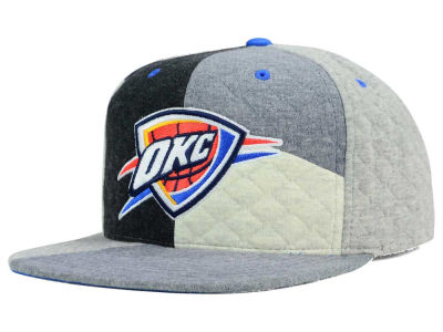 Oklahoma City Thunder Mitchell and Ness NBA Fleece Slasher Snapback Cap