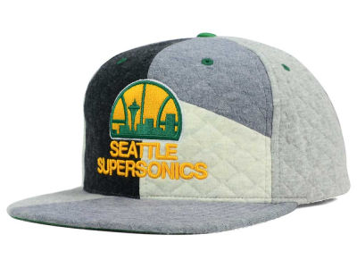 Seattle SuperSonics Mitchell and Ness NBA Fleece Slasher Snapback Cap