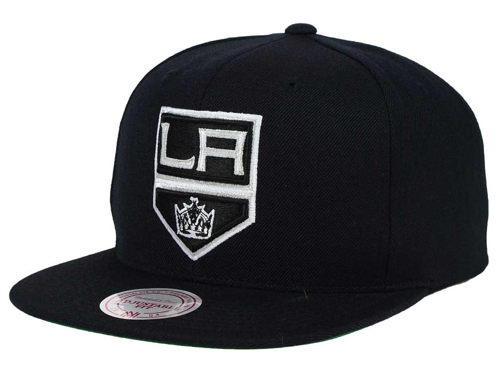Los Angeles Kings Reebok NHL Wool Solid Snapback Cap  b4fbe4d0a36