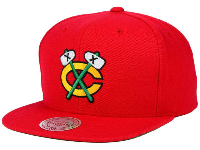 Chicago Blackhawks Reebok NHL Wool Solid Snapback Cap