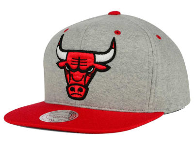 Chicago Bulls Mitchell and Ness NBA Heather Jersey Snapback Cap