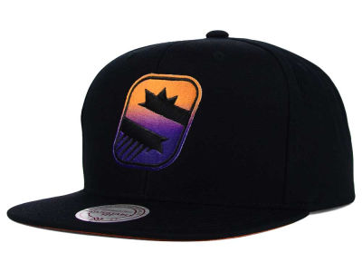 Phoenix Suns Mitchell and Ness NBA Gradient Lines Snapback Cap