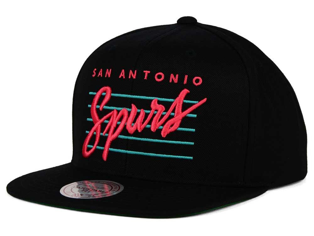 73c0420a00e San Antonio Spurs Mitchell   Ness NBA Cursive Retro Snapback Cap ...