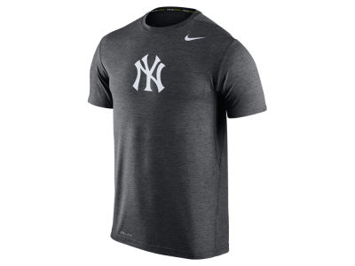 New York Yankees Nike MLB Men's Dri-Fit Touch T-Shirt