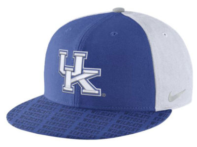 Kentucky Wildcats Nike NCAA Week Zero Trainer 5 True Snapback Cap