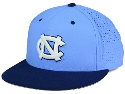 North Carolina Tar Heels Nike NCAA True Vapor Fitted Cap