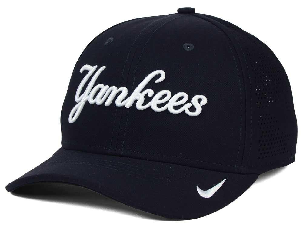be2bb3b5a0c New York Yankees Nike MLB Dri-Fit Vapor Classic Swoosh Flex Cap ...