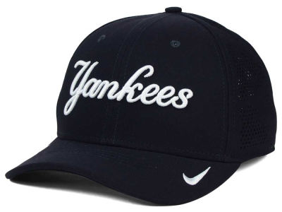 New York Yankees Nike MLB Dri-Fit Vapor Classic Swoosh Flex Cap