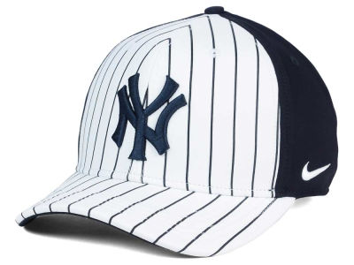 New York Yankees Nike MLB Vapor Classic Adjustable Cap