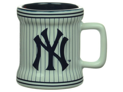 New York Yankees 2oz Mini Mug Shot