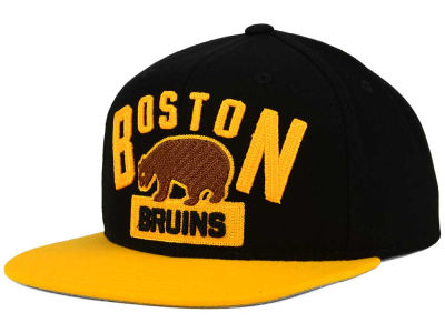 Boston Bruins Reebok NHL 2016 Winter Classic Player Snapback Cap