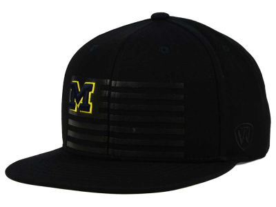 Michigan Wolverines Top of the World NCAA Saluter Snapback Hat