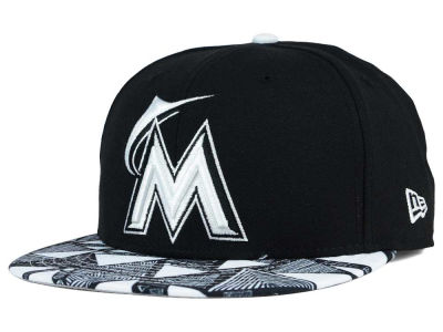 Miami Marlins New Era MLB Tribalistic 9FIFTY Snapback Cap