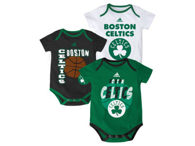 Boston Celtics NBA Infant 3 Point Spread Bodysuit Set
